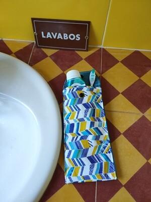 Protège brosse à dents et dentifrice jaune et bleu