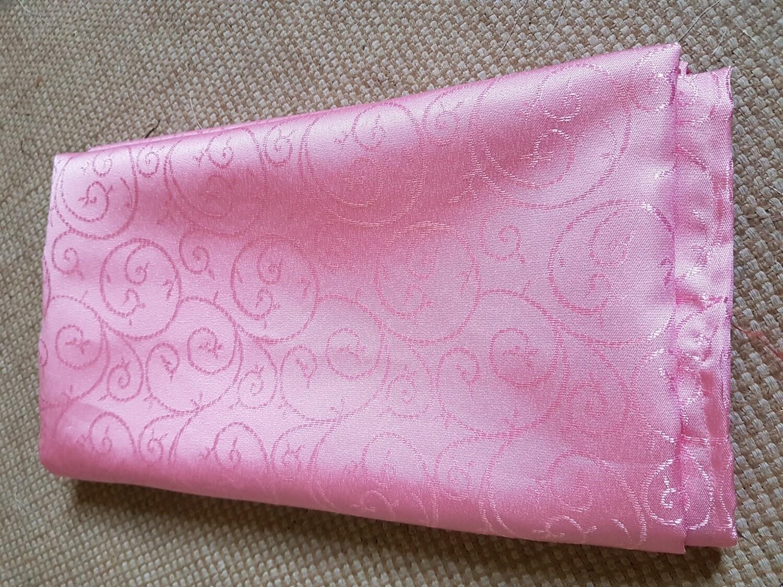 Fata masa 135x155 cm, brocart roz