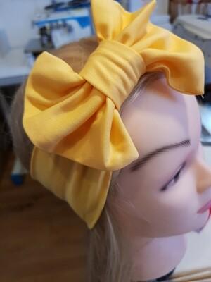 Bentite elastice pentru fetite