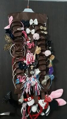 Suport accesorii păr şi eşarfe