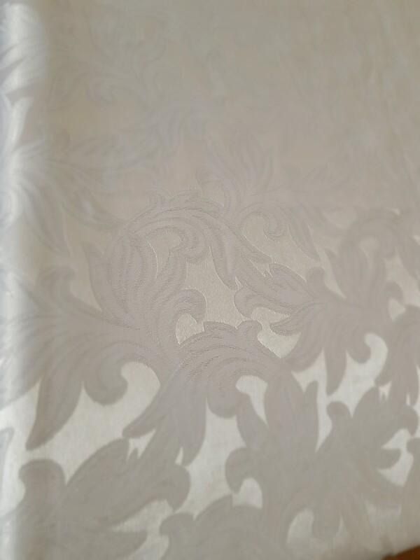 Fata masa brocart imperial  alb 130x175 cm