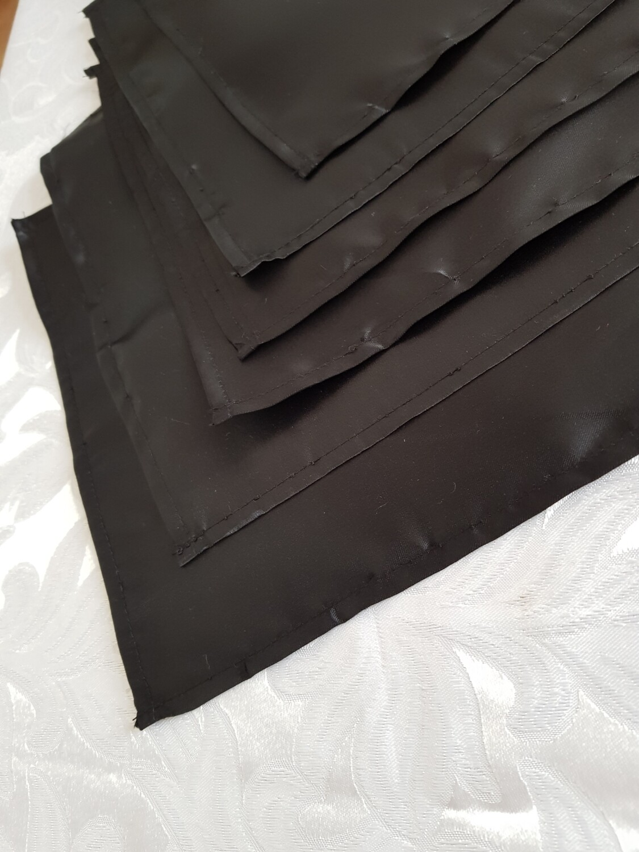 Servet 25x25 cm satin negru