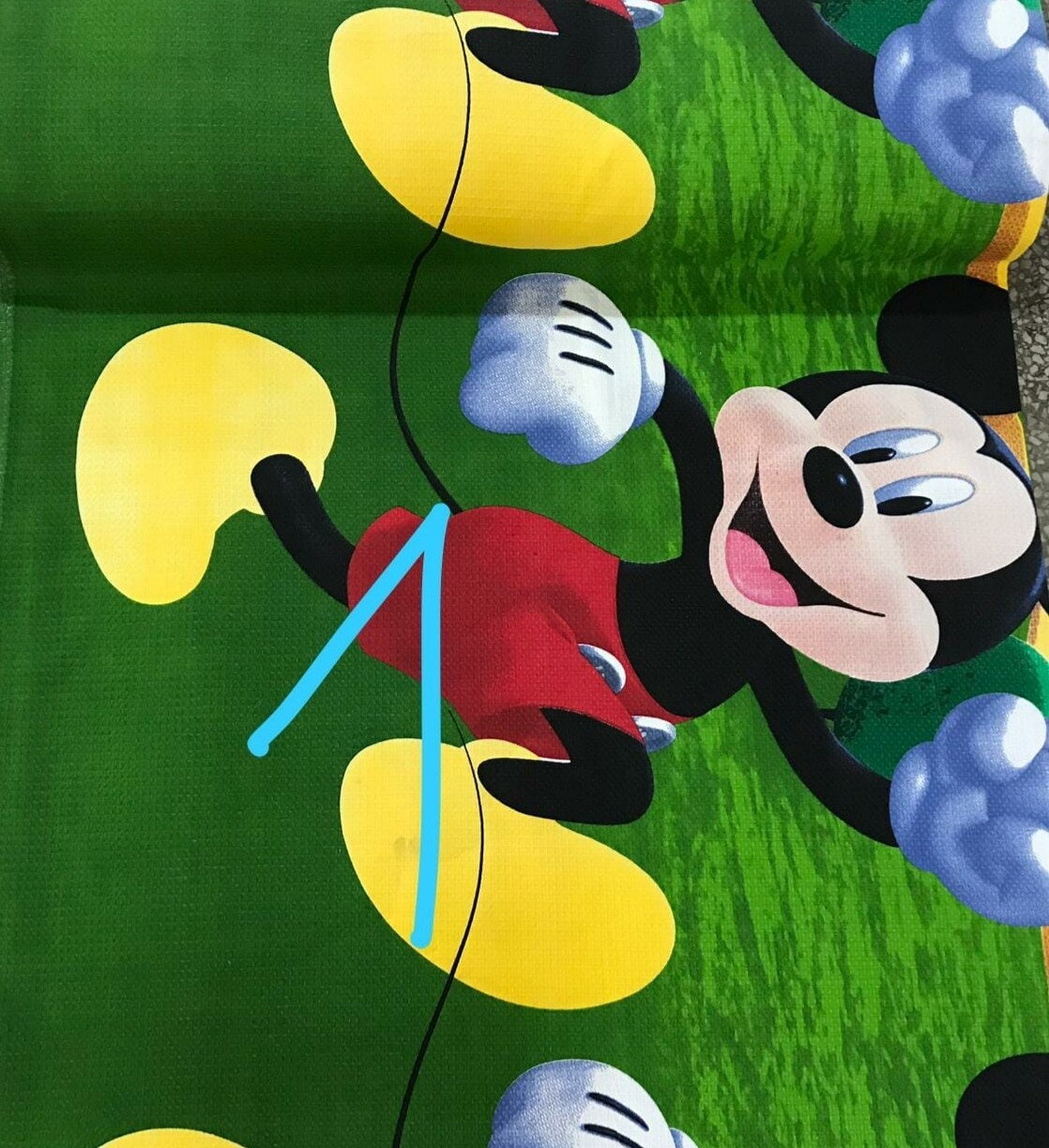 Lenjerie pat copii, model Mickey Mouse