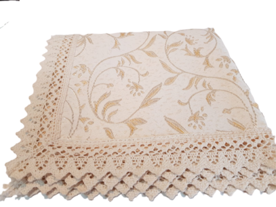Şervet textil cu bordură din dantelă croşetată model shabby chic