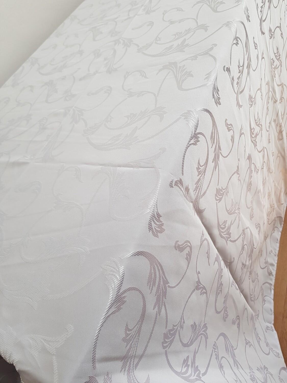 Fata masa 220 x450 cm, brocart alb