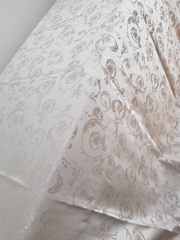 Fata masa 280 x 320 cm, brocart ivory crem (unt)