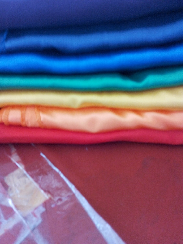 Servete textile confectionate din satin