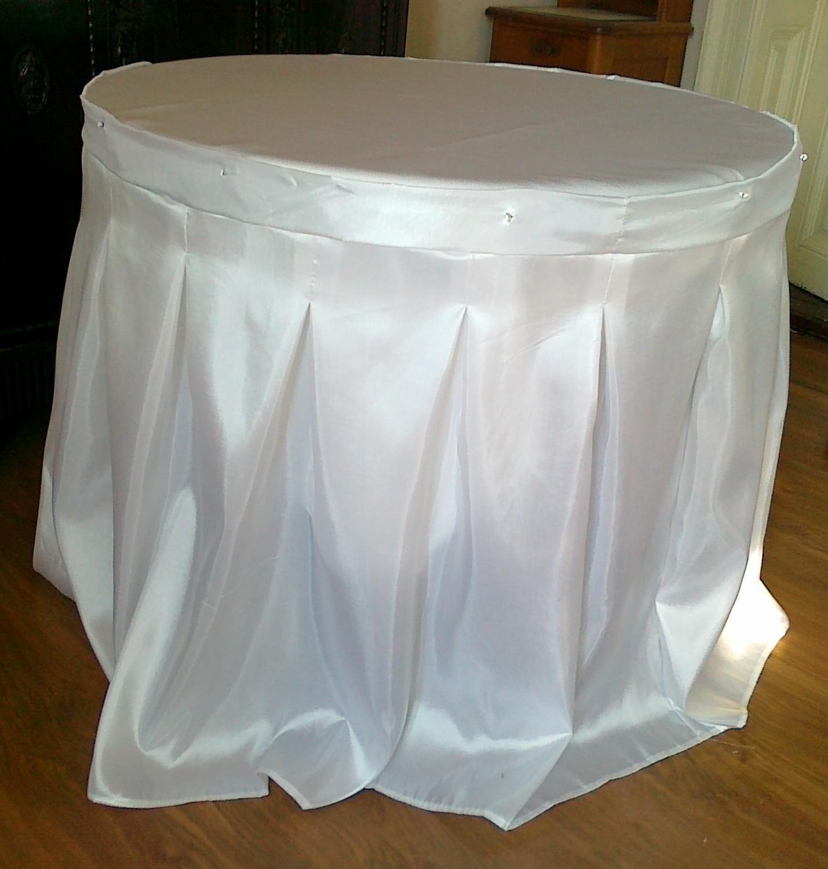 Fusta masa cu pliuri duble - tafta