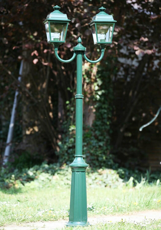 Roger Pradier Place des Vosges 1 Tradition Mastleuchte