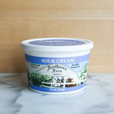 Sour Cream (16oz)