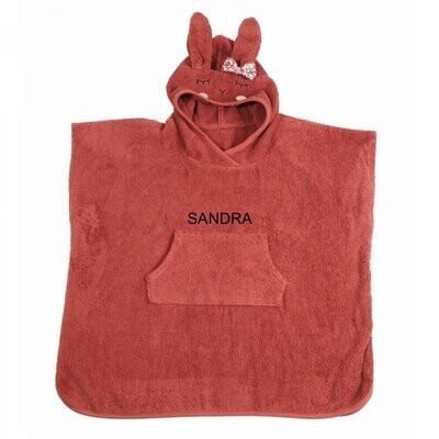 Poncho med namn - roströd - kanin
