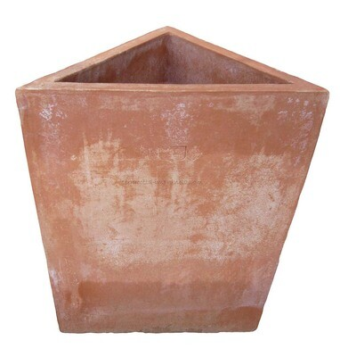 Tri-Angolo -  Dreieckiger Terracotta-Kasten
