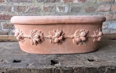 Vaschetta robbiana - Ovale Terracotta-Schale mit Girlande