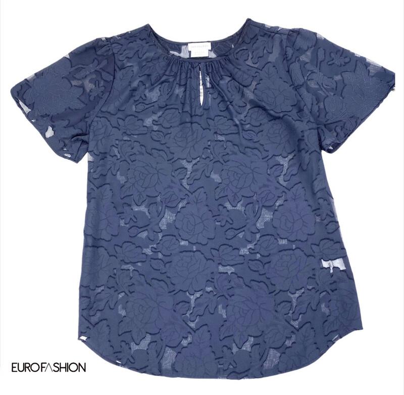 Blusa estampada transparente