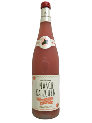 Naschkätzchen (You Well), Strawberry Wine Cocktail