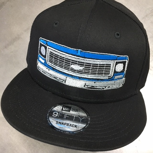LIMITED BLUE FRONT END NEW ERA 9FIFTY SNAPBACK BLACK HAT