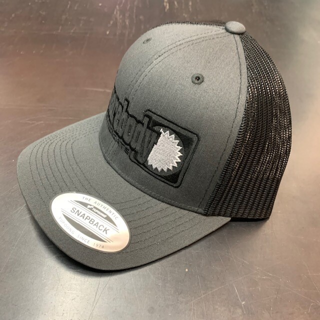 CURVED GRAY AND BLACK WITH SILVER STAR SNAPBACK RETRO TRUCKER MESH SBS LOGO #4 HAT