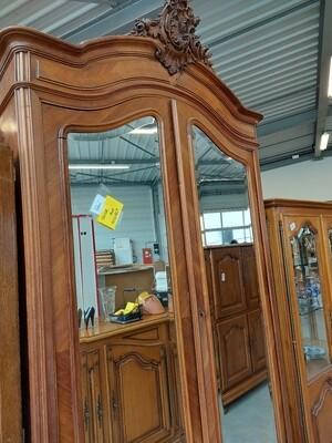 Armoire.ancienne avec portes miroir