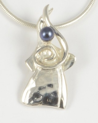 Carol 2010 Gemstone Angel with a Black Pearl