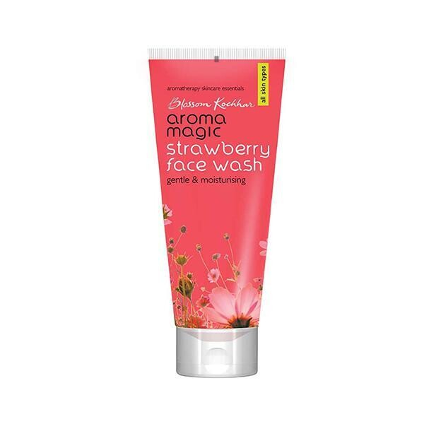 Aroma Magic Strawberry Face Wash 100 Ml