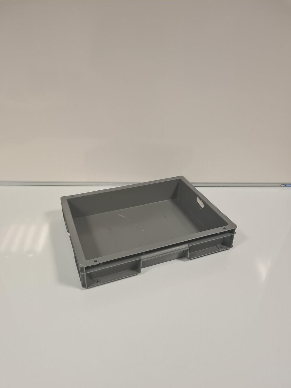 40x30x7 kunststof bak, donker grijs, PP, gesloten, gebruikt