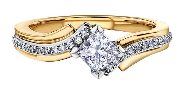 14 KT YG / WG CANADIAN DIAMOND RING 26=.13CT I-1 G-I