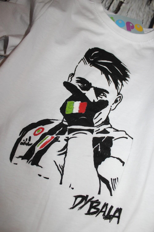 Egyedi kézzel festett Dybala póló