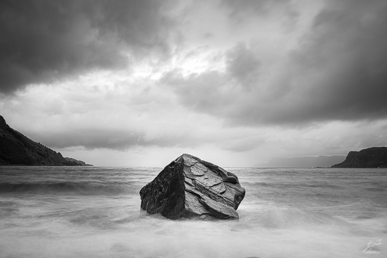 Steinen ved havet
