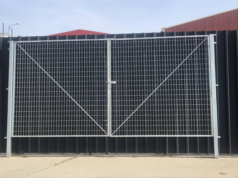 Puerta de 6 m por 2 m alto!!!