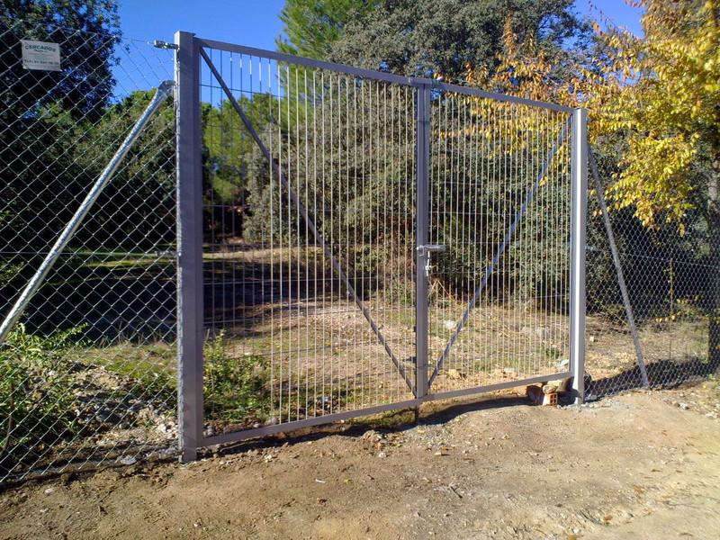 Puertas vehicular  3m por 1,50 m de alto..Envio toda España!!! Galvanizadas