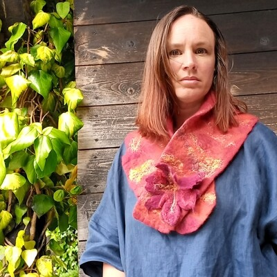 LUX Felted Merino Collar with popper - RED