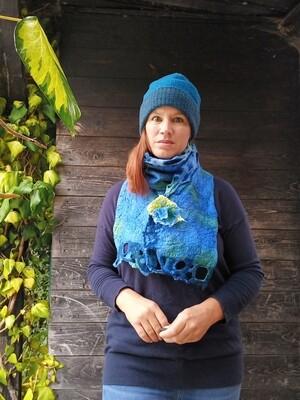 'Kells Bay' Swirl edge scarf - Blue green