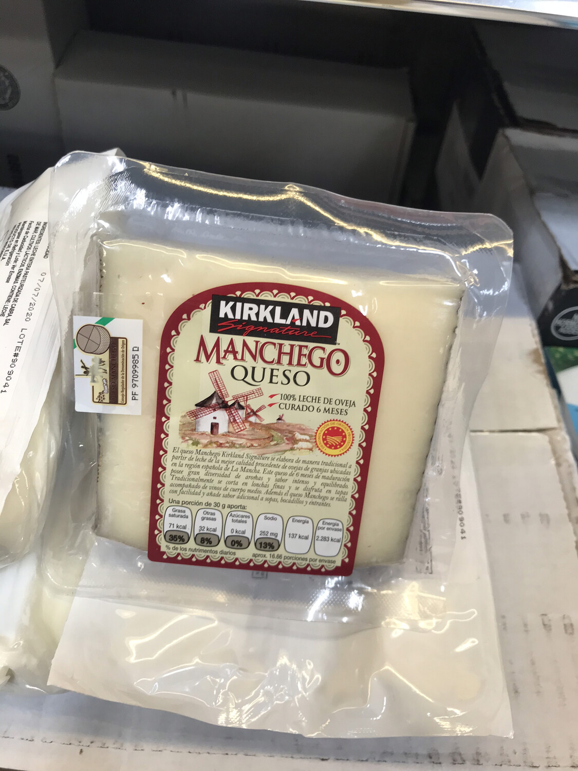 Kirkland Manchego Cheese (500g) lamb cheese 6 months cured