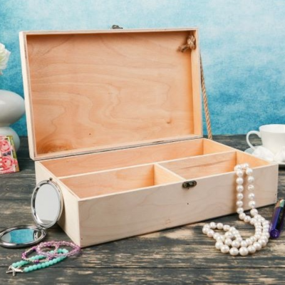 Подарочный ящик 34*21.5*10.5 см деревянный 3 отдела, с закрывающейся