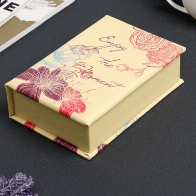 Шкатулка кожзам для украшений книга