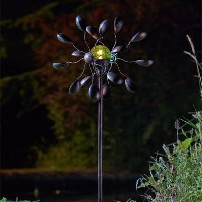 Gemini Wind Spinner with Solar Crackle Globe