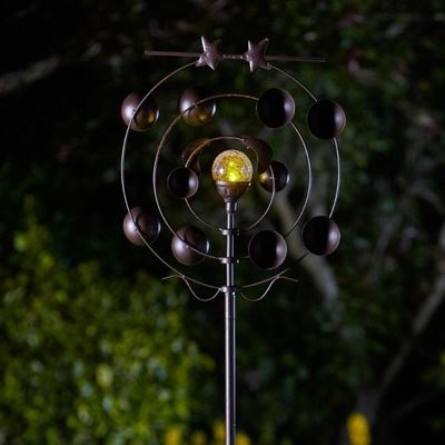 Boreas Wind Spinner with Solar Crackle Ball