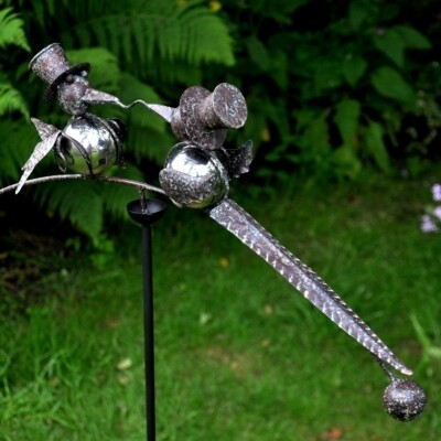 Stake - Balancing Birds - Divorced Quetzales