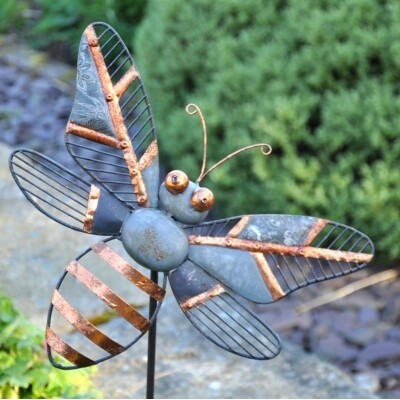 Decorative Garden Stake - Honey Bee