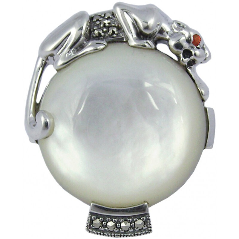 Mother of Pearl Panther Ring
