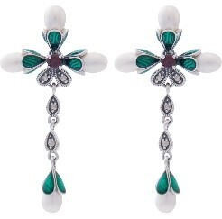 Green and Silver earrings with fresh water pearls