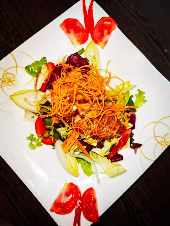 E5 Salade de poulet