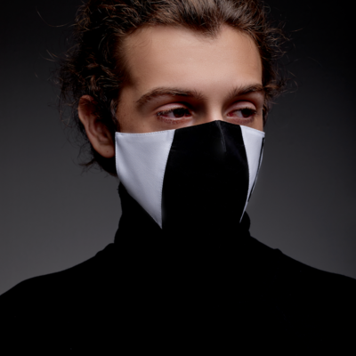 PLEATED BLACK AND WHITE  FACE MASK