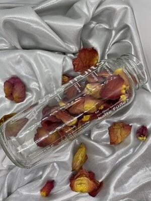 Rosenblätter getrocknet