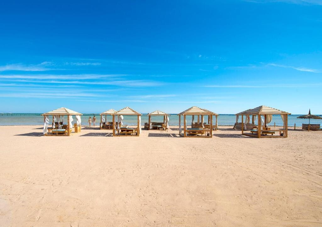 Amwaj Oyoun Resort & Spa ★★★★★