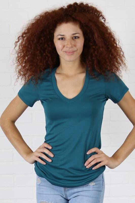 Angie Basic v-neck knit tee