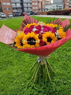 Bouquet de Rosas y Girasoles