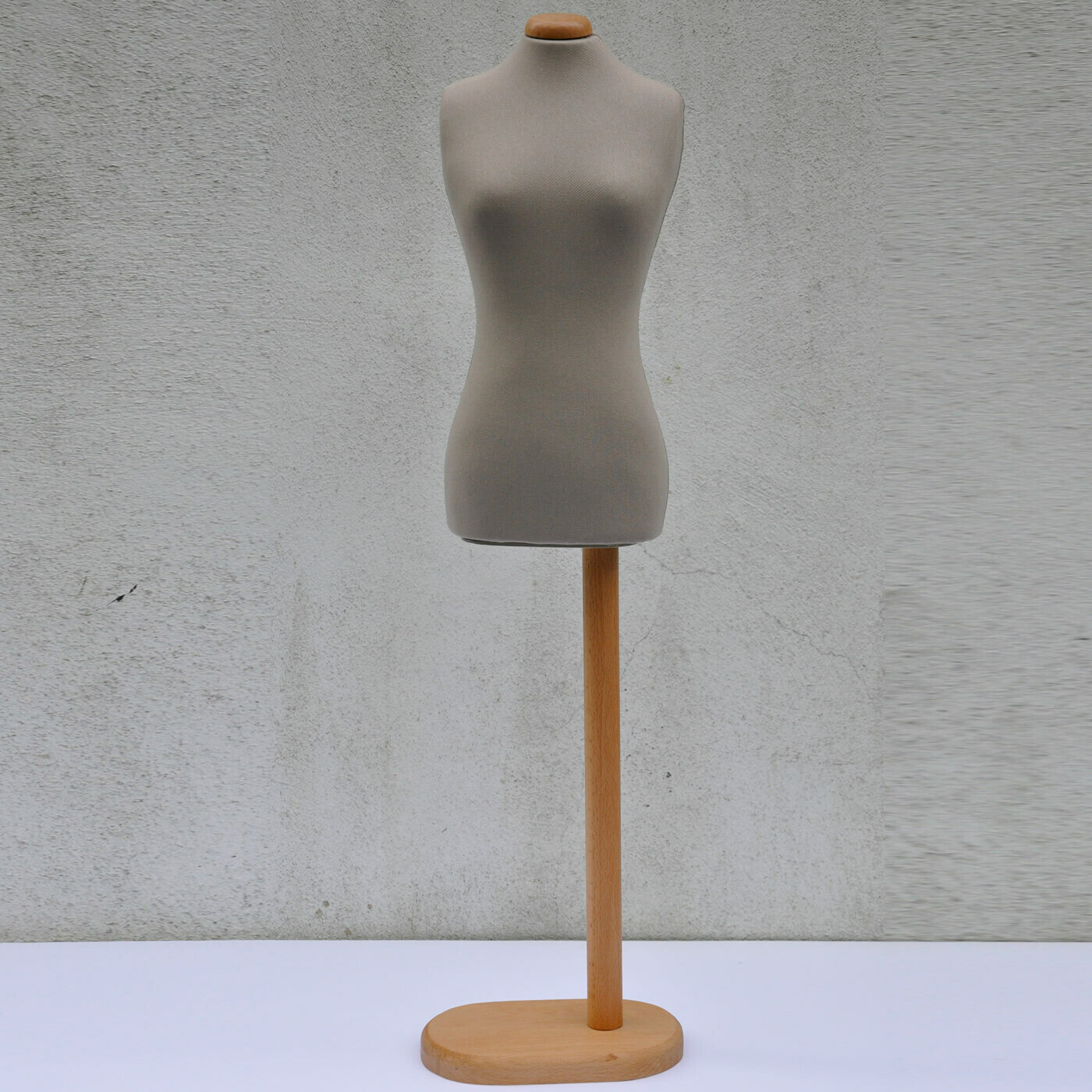 Beige half scale offset ladies mannequin