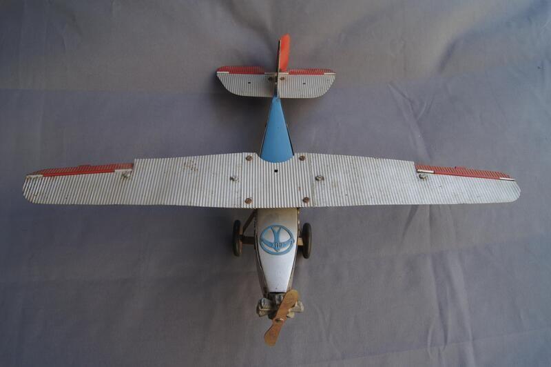 Dux Baukastenflugzeug