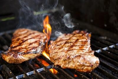 BBQ'd Sirloin Steak, Chips & Salad (Thurs, Fri, Sat or Sun eve)